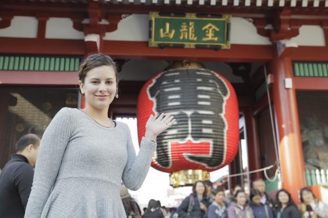 外国人と浅草観光